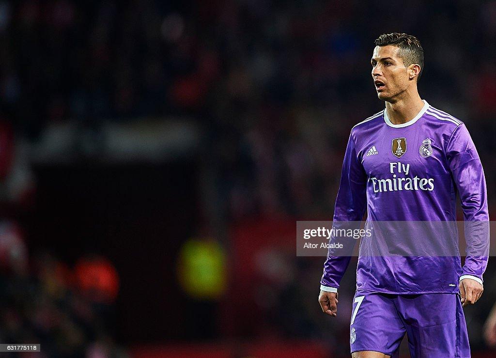 Sevilla FC v Real Madrid CF - La Liga : Foto di attualità