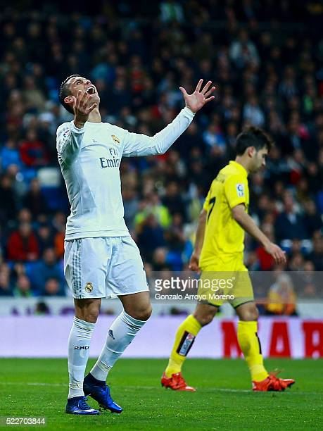 Cristiano Ronaldo of Real Madrid CF reacts as he fail to score during the La Liga match between Real Madrid CF and Villarreal CF at Estadio Santiago...