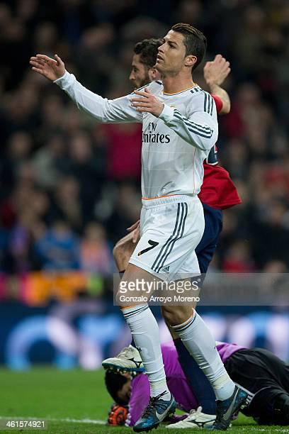 Cristiano Ronaldo of Real Madrid CF reacts as he fails to score during the Copa del Rey Round of 8 first match between Real Madrid and CA Osasuna at...