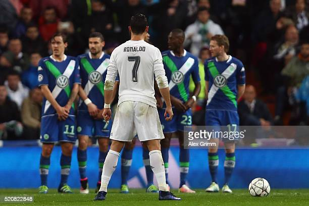 Cristiano Ronaldo of Real Madrid concentrates before a freekick during the UEFA Champions league Quarter Final Second Leg match between Real Madrid...