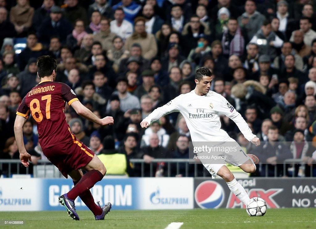 Real Madrid v AS Roma: UEFA Champions League : News Photo
