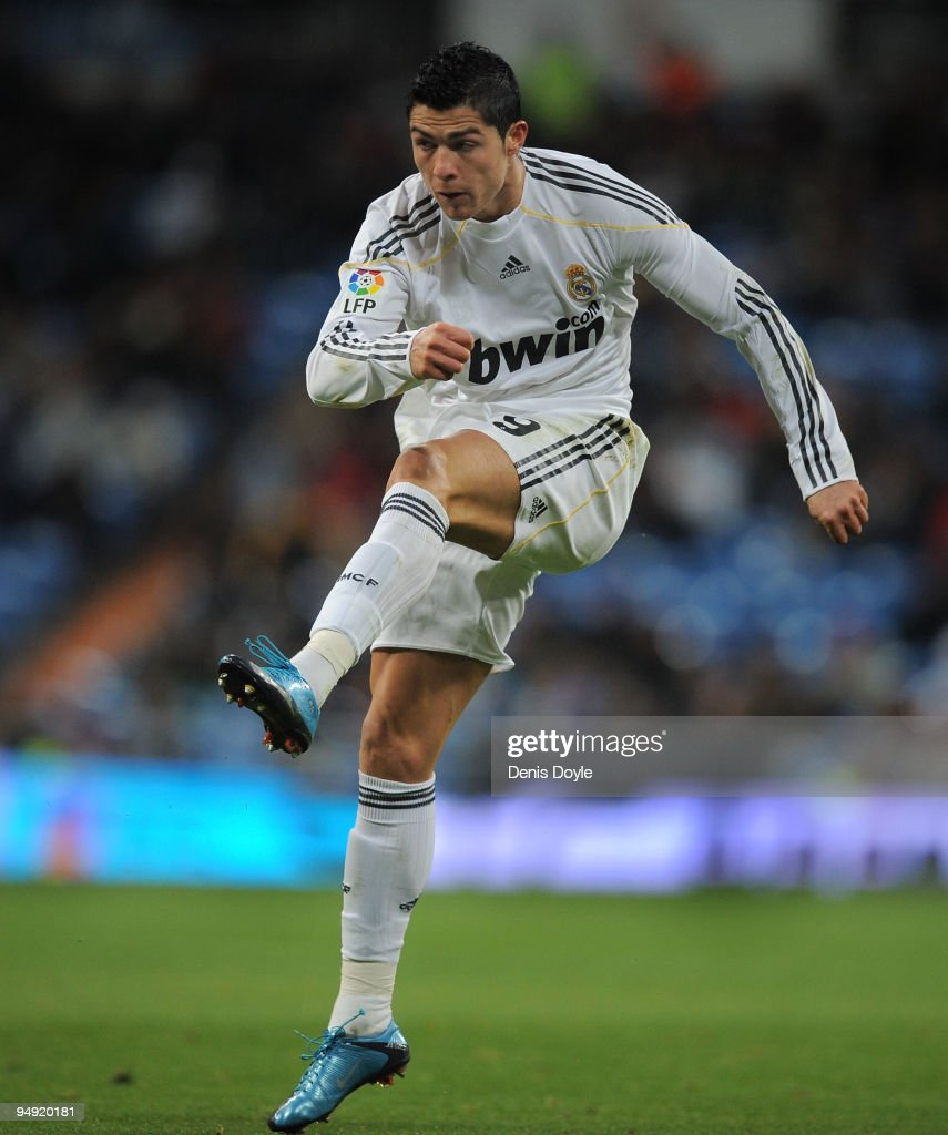 Cristiano Ronaldo of Real Madrid in action during the La Liga match between Real Madrid and Real Zaragoza at the Santiago Bernabeu stadium on December 19, 2009 in Madrid, Spain.