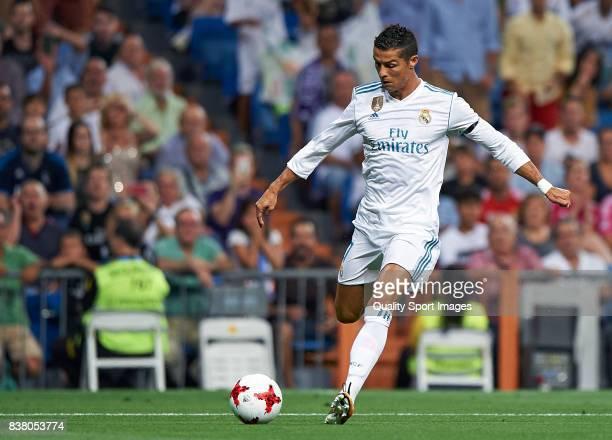 Cristiano Ronaldo of Real Madrid in action during the Trofeo Santiago Bernabeu match between Real Madrid and ACF Fiorentina at Estadio Santiago...