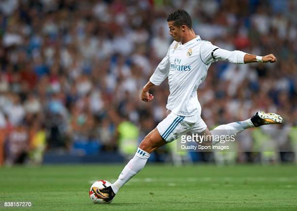 Cristiano Ronaldo of Real Madrid in action during the Trofeo Santiago Bernabeu match between Real Madrid and ACF Fiorentina at Estadio Santiago...