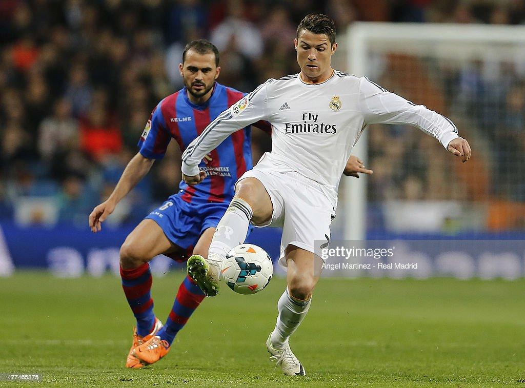 Real Madrid CF v Levante UD - La Liga