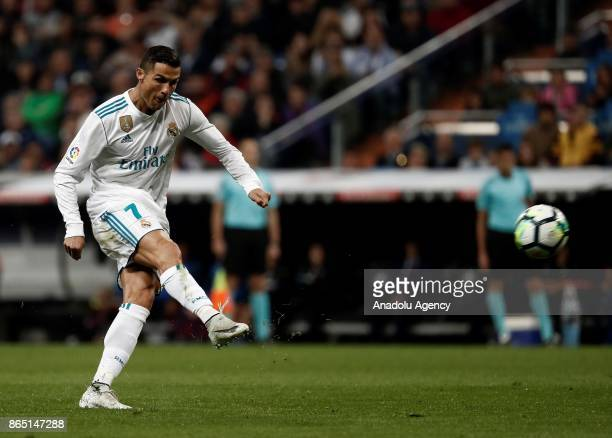 Cristiano Ronaldo of Real Madrid kicks the ball during the La Liga match between Real Madrid and Eibar at Santiago Bernabeu Stadium on October 22...