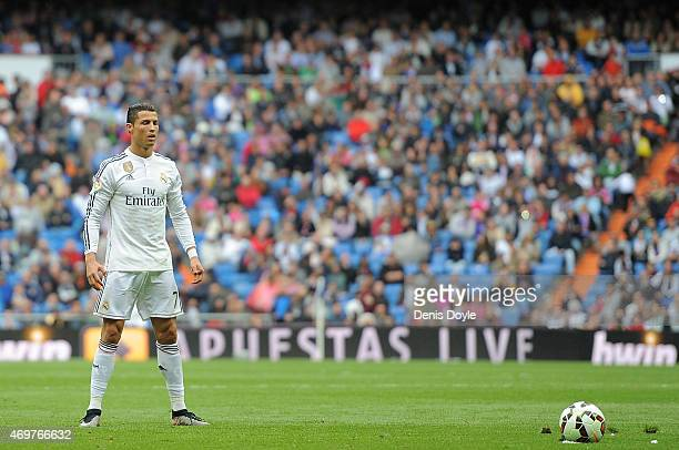 Cristiano Ronaldo of Real Madrid lines up a free kick during the La Liga match between Real Madrid and Eibar at Estadio Santiago Bernabeu on April 11...