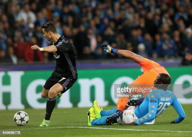 Cristiano Ronaldo of Real Madrid misses the goal during the UEFA Champions League Round of 16 second leg match between SSC Napoli and Real Madrid CF...