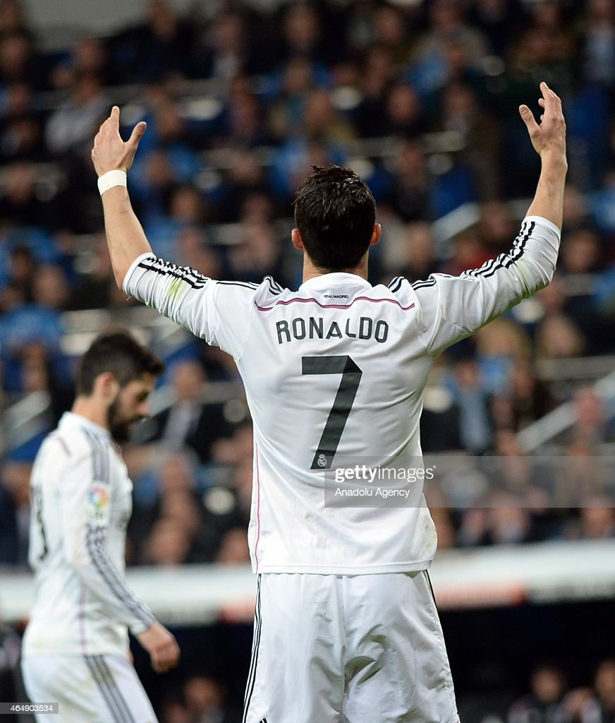 Cristiano Ronaldo of Real Madrid reacts after a position during the La Liga match between Real Madrid and Villarreal at Estadio Santiago Bernabeu in Madrid, Spain on March 1, 2015.