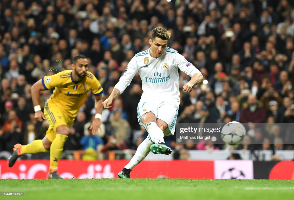 Cristiano Ronaldo of Real Madrid scores his sides first goal during the UEFA Champions League Quarter Final Second Leg match between Real Madrid and Juventus at Estadio Santiago Bernabeu on April 11, 2018 in Madrid, Spain.