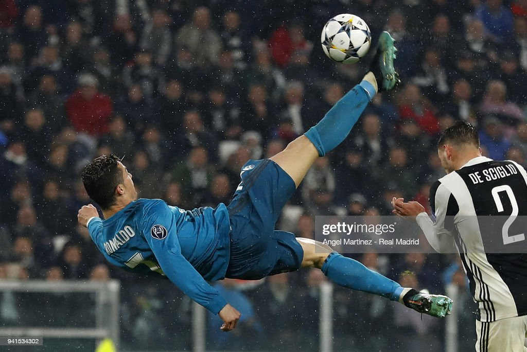 Juventus v Real Madrid - UEFA Champions League Quarter Final Leg One : Foto jornalística
