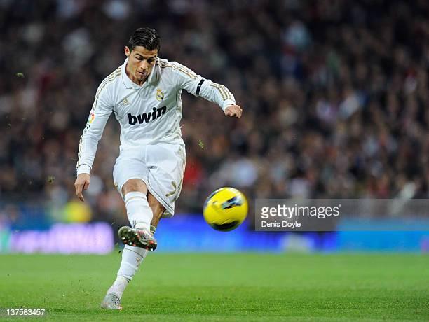 Cristiano Ronaldo of Real Madrid shoots a free kick during the La Liga match between Real Madrid and Athletic Bilbao at estadio Santiago Bernabeu on...