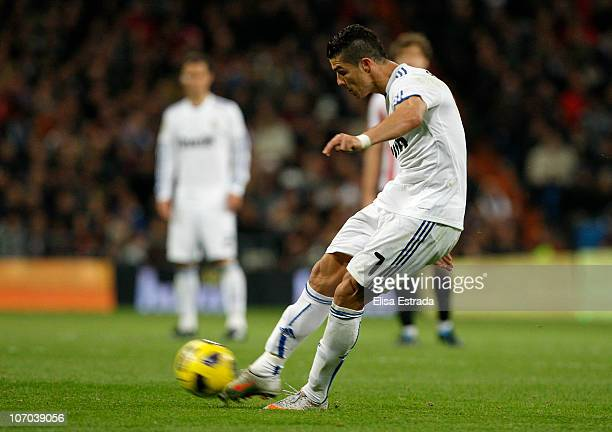 Cristiano Ronaldo of Real Madrid shoots a free kick to score Real's 41 goal during the La Liga match between Real Madrid and Athletic Bilbao at...
