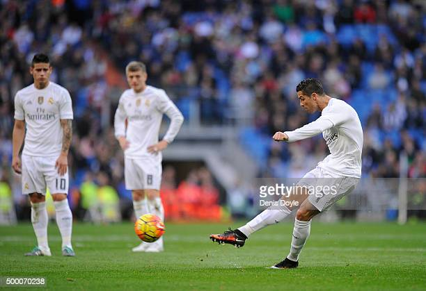 Cristiano Ronaldo of Real Madrid takes a free kick during the La Liga match between Real Madrid CF and Getafe CF at Estadio Santiago Bernabeu on...
