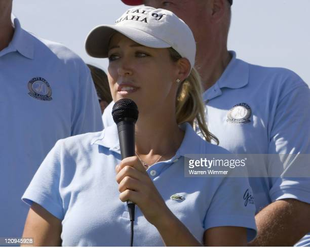 Cristie Kerr todays second place finisher addressed the gallery at the 18th green Kerrs' winnings a total of $11727300 at the State Farm Classic 2005...
