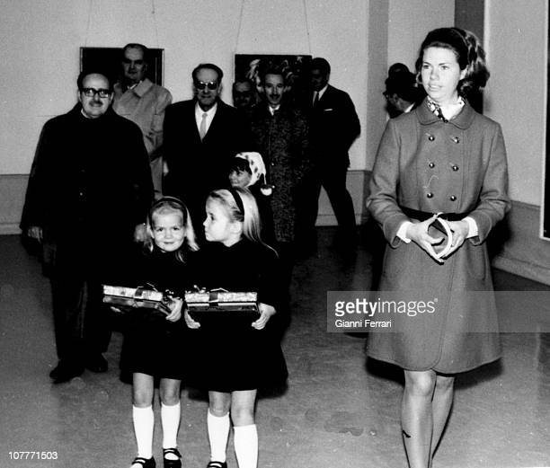 Cristina and Elena daughters of Princes Juan Carlos of Borbon and Sofia of Greece in a children's painting exhibition Madrid Spain
