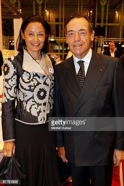 Cristina and Lindsay OwenJones attend the Association 'Dessine l'Espoir' Charity Dinner during Art Paris Exhibition Launch at Grand Palais on March...