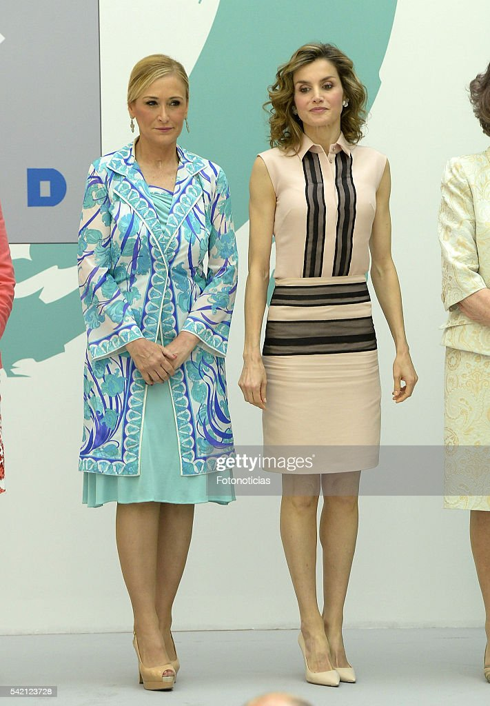Cristina Cifuentes and Queen Letizia of Spain attend the FAD 30th Anniversary event at the Real Casa de Correos on June 22, 2016 in Madrid, Spain.