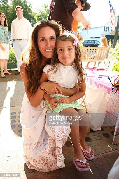 Cristina Cuomo and Bella Cuomo attend HATCHLINGS Spring 2008 HATCH Boys Collection hosted by ANNETTE LAUER CRISTINA CUOMO and ANA MARIA PEREZ at...
