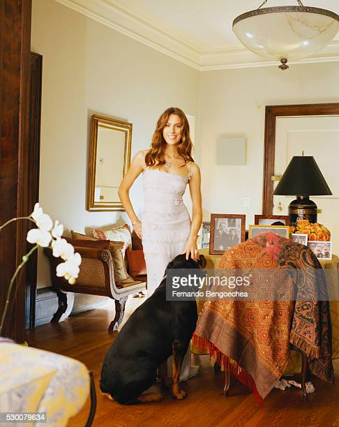 cristina greeven cuomo at home - cuomo stock pictures, royalty-free photos & images