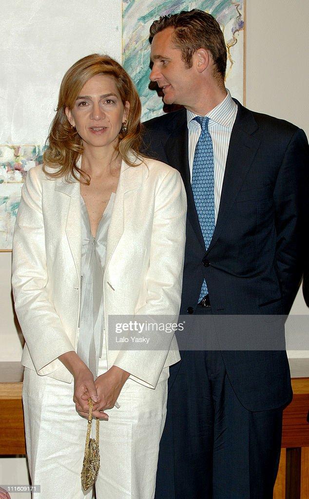 "Cristina Of Spain and Husband I?aki Urdangarin Preside the Annual ""Salvador de"
