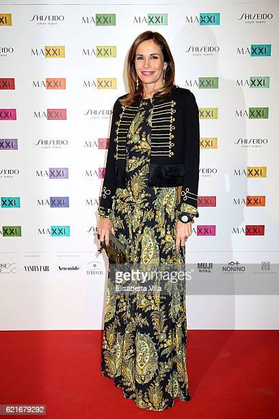 Cristina Parodi attends a photocall for the MAXXI Acquisition Gala Dinner 2016 at Maxxi Museum on November 7 2016 in Rome Italy