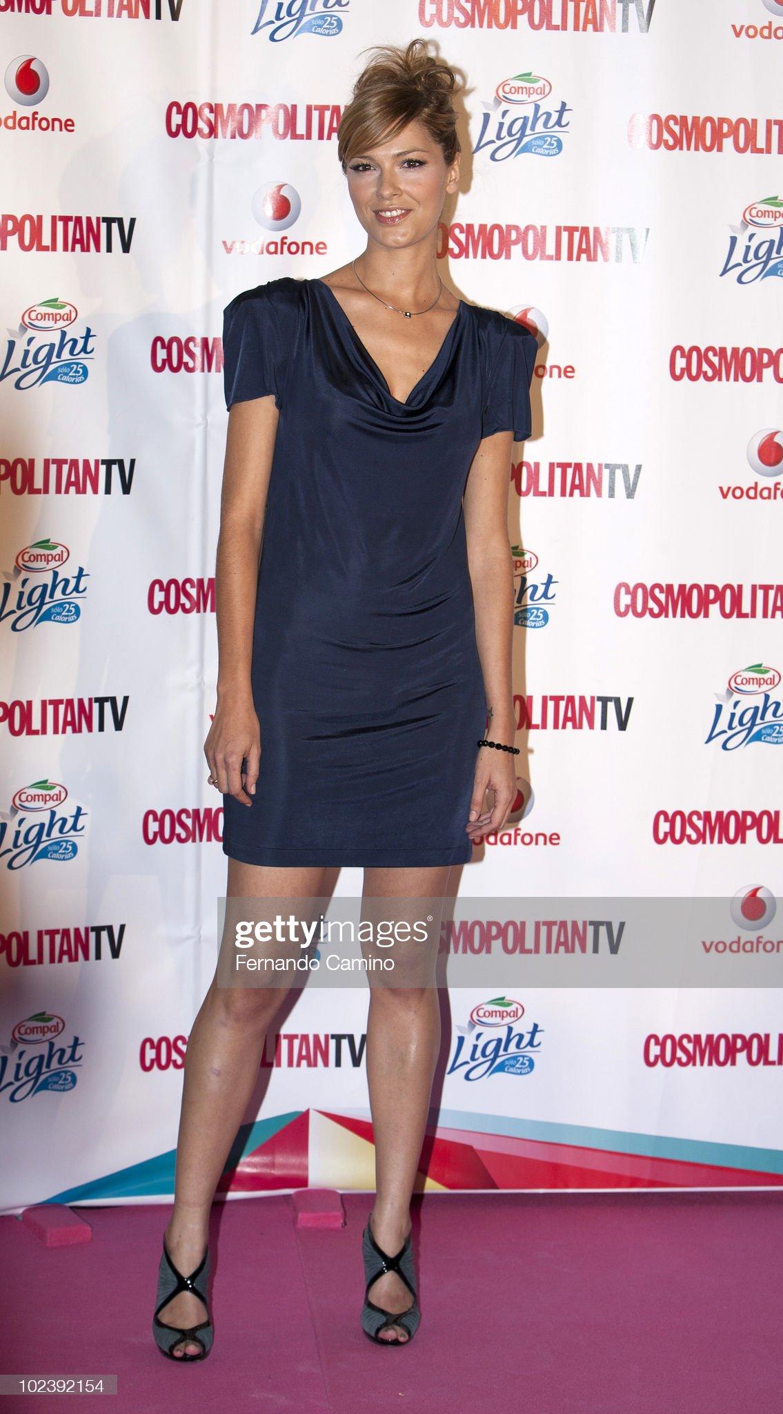 ¿Cuánto mide Cristina Urgel? - Altura Cristina-urgel-attends-the-petalo-awards-photocall-by-cosmopolitan-tv-picture-id102392154?s=2048x2048