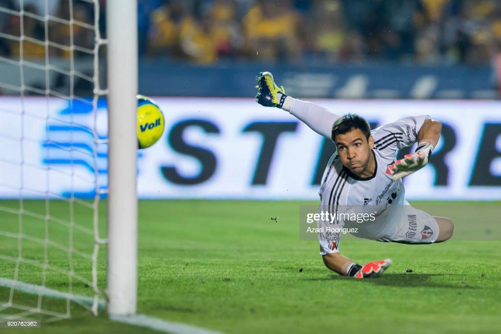Tigres UANL v Atlas - Torneo Clausura 2018 Liga MX