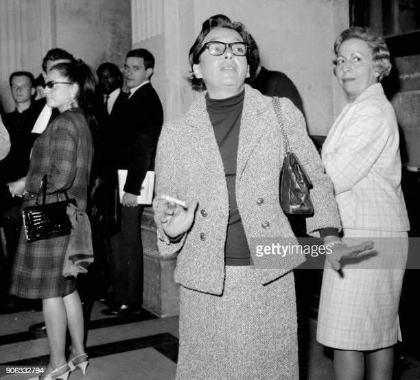 L'écrivain français Marguerite Duras témoin dans l'affaire de la disparition de Mehdi Ben Barka est photographiée lors du procès le 19 janvier 1966...