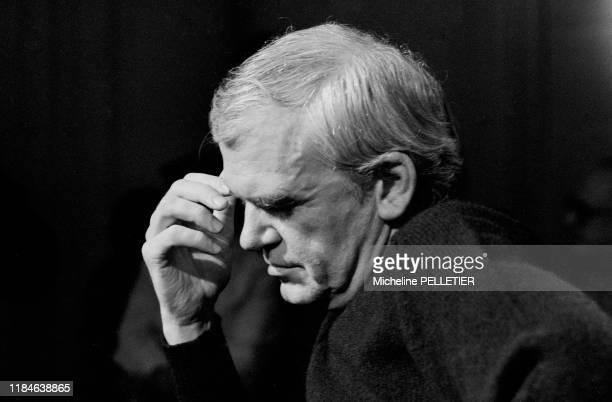 L'écrivain tchèque naturalisé français Milan Kundera à Paris en 1984 France