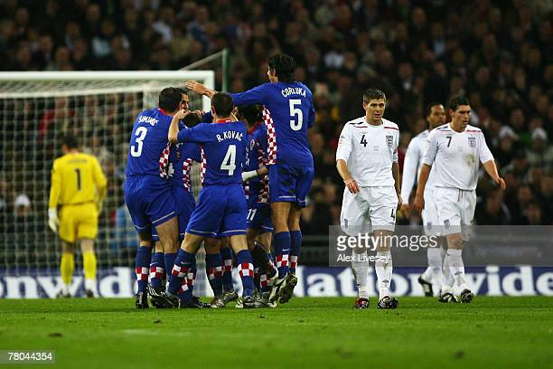 Croatia celebrate Niko Kranjcar of Croatia scoring their 1st goal during the Euro 2008 Group E qualifying match between England and Croatia at...