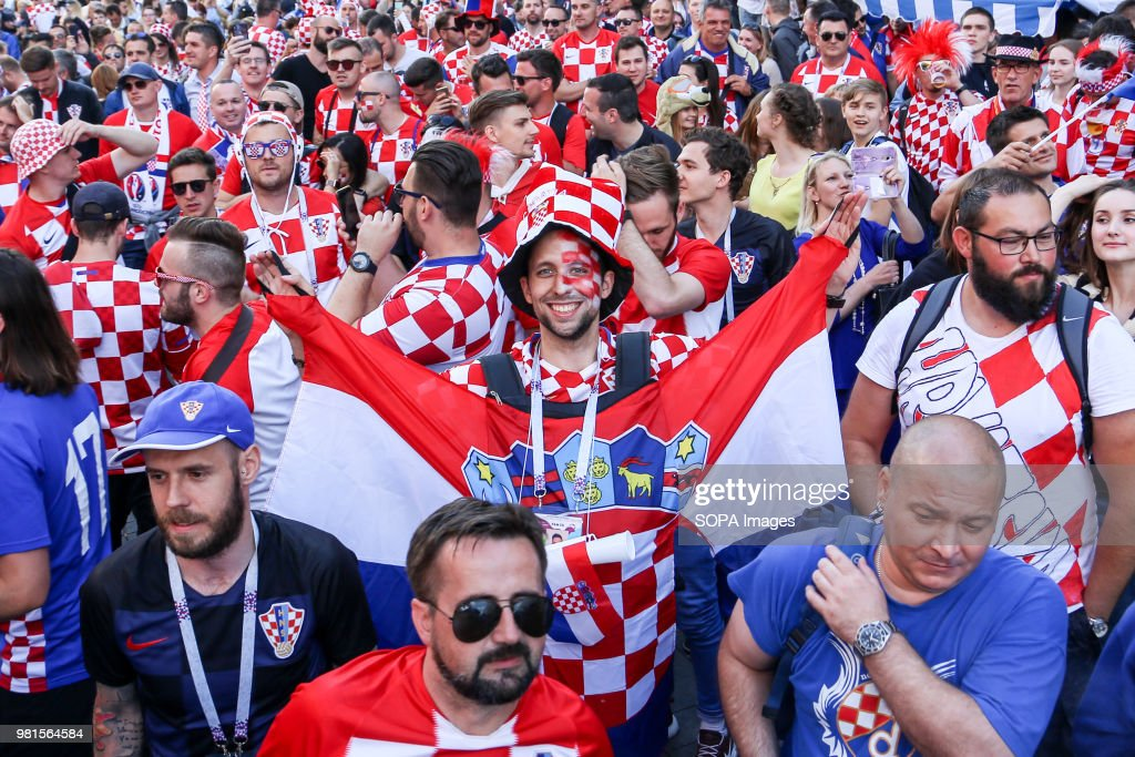 Amazing Argentina v Croatia - 2018 FIFA World Cup Russia - croatia-fans-watching-the-argentina-vs-croatia-match-in-the-fan-zone-picture-id981564584  Best Photo Reference-124322.com/photos/croatia-fans-watching-the-argentina-vs-croatia-match-in-the-fan-zone-picture-id981564584
