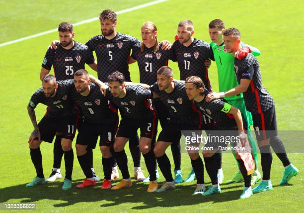 Croatia stand together for a team group photo ahead of the UEFA Euro 2020 Championship Group D match between England and Croatia on June 13, 2021 in...
