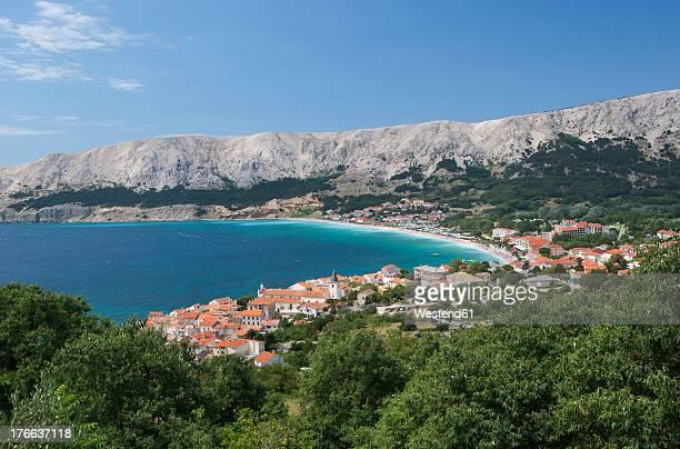 croatia, view of krk island at baska town - baía - fotografias e filmes do acervo