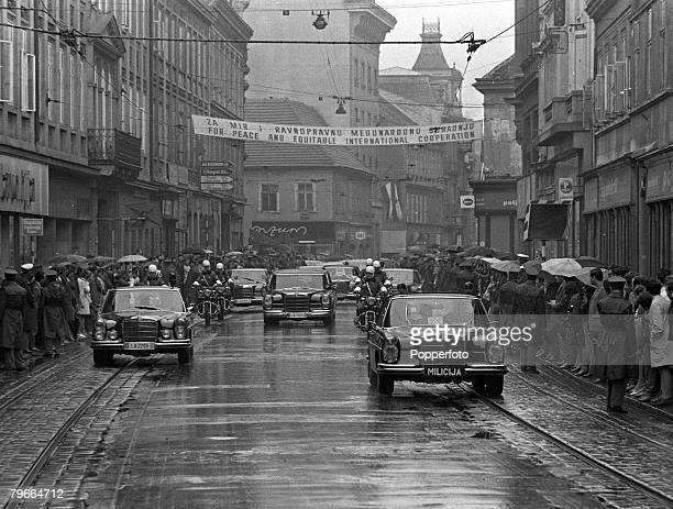 Croatia Yugoslavia 2nd October People line the streets of Zagreb to greet their President Josip Tito and President of the United States Richard...