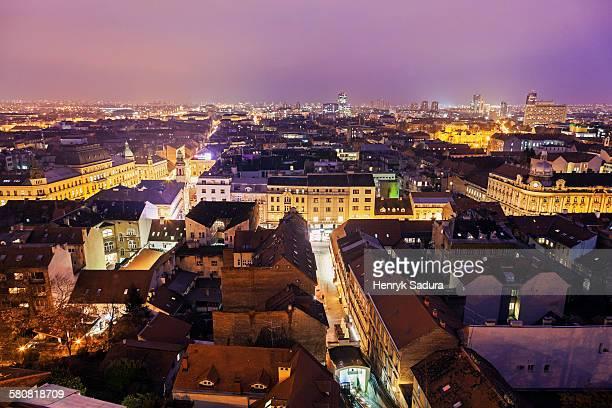 croatia, zagreb, view of illuminated old town - zagreb stock-fotos und bilder