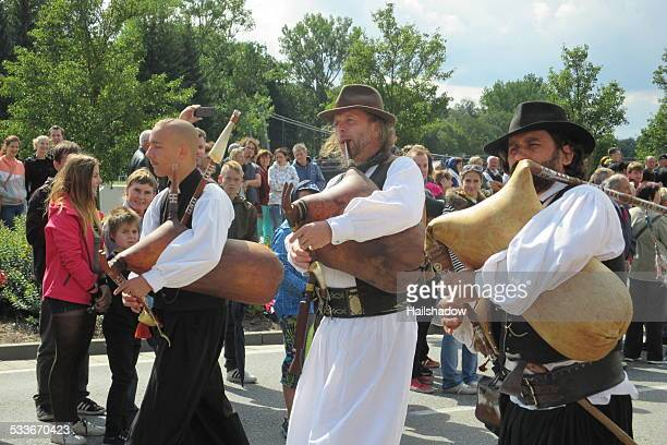 croatian bagpipe team - folk music stock pictures, royalty-free photos & images