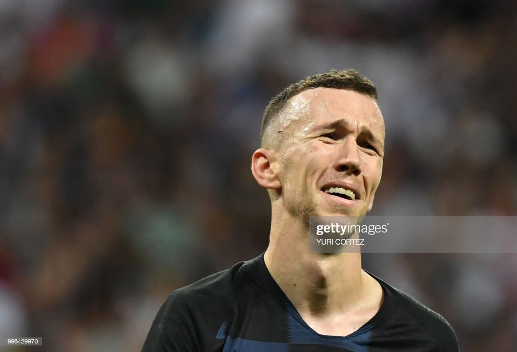 Croatia's forward Ivan Perisic reacts after missing a goal opportunity during the Russia 2018 World Cup semi-final football match between Croatia and England at the Luzhniki Stadium in Moscow on July 11, 2018. (Photo by YURI CORTEZ / AFP) / RESTRICTED