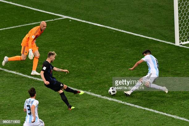 Croatia's midfielder Ivan Rakitic scores during the Russia 2018 World Cup Group D football match between Argentina and Croatia at the Nizhny Novgorod...