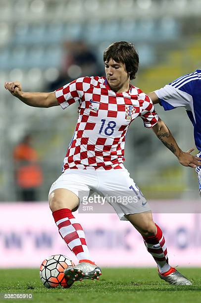 Croatia's midfilder Ante Coric runs with the ball during the friendly football match between Croatia and San Marino on June 4 2016 in Rijeka / AFP /...