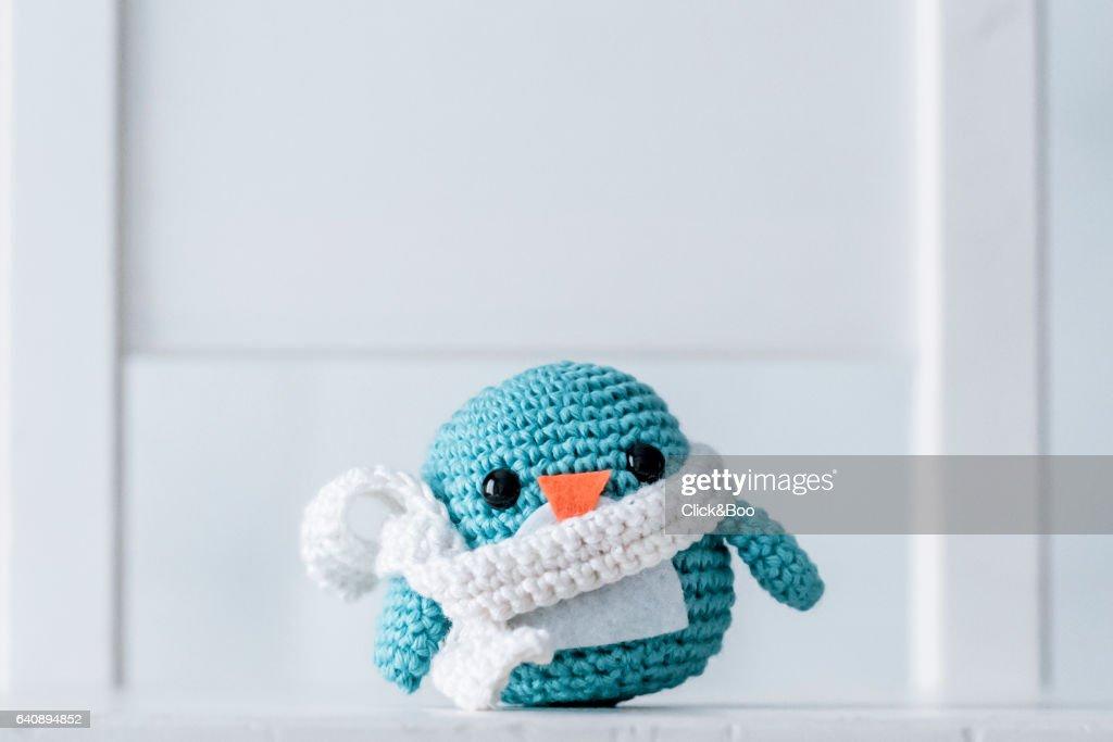 Crocheted penguins : Stock-Foto