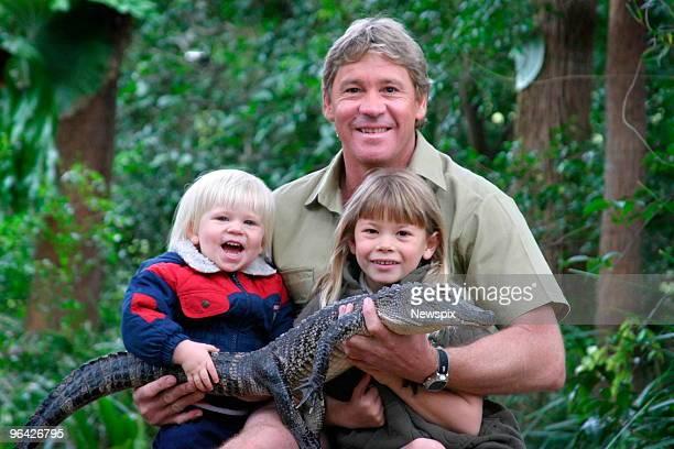 'Crocodile Hunter' Steve Irwin with his children Bindi Irwin and Bob Irwin and a 3yearold alligator called 'Russ' at Australia Zoo in Queensland