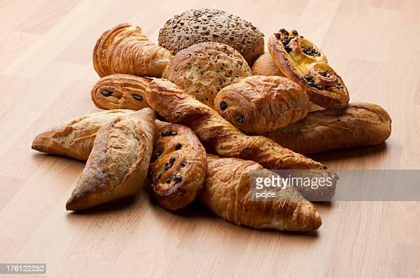 Croissants, baguette, Danish, pain au chocola and buns XXXL