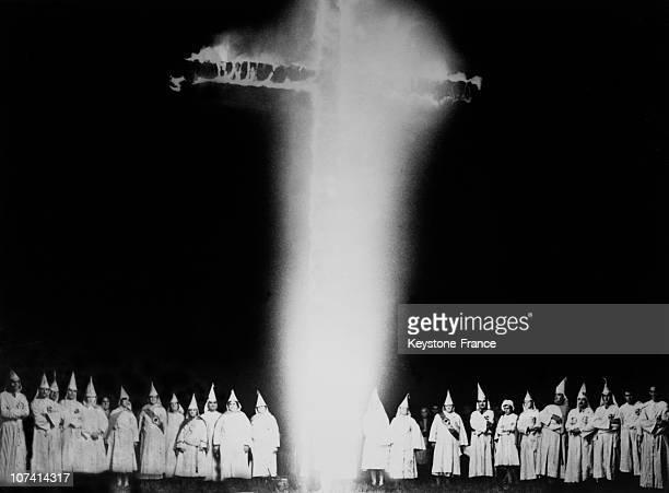 Croix En Feu Reunion Des Membres De Ku Klux Klan