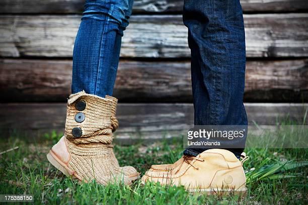 Image recadrée de vos pieds et de vos jambes pour les Couples