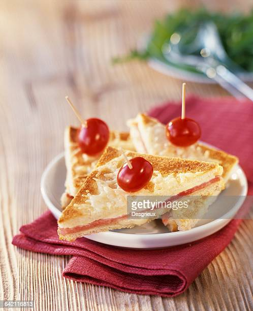 Croque-monsieur toasted sandwich