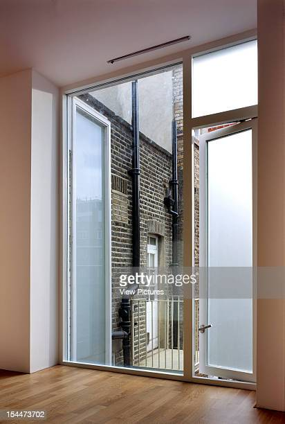 Crosby Row Offices London United Kingdom Architect Duggan Morris Architects Crosby Row Offices Window Looking Out To Court Yard Day