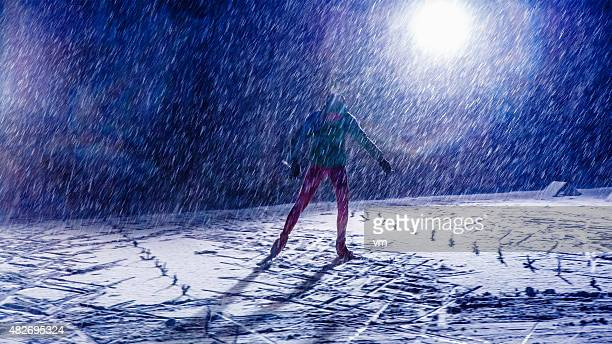 Attraversare sci di formazione a notte