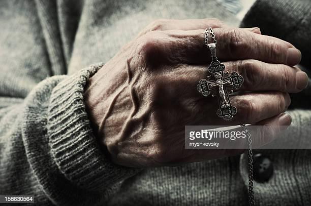 Cruce en mano