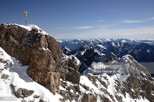 Cross marking highest point of Zugspitze.